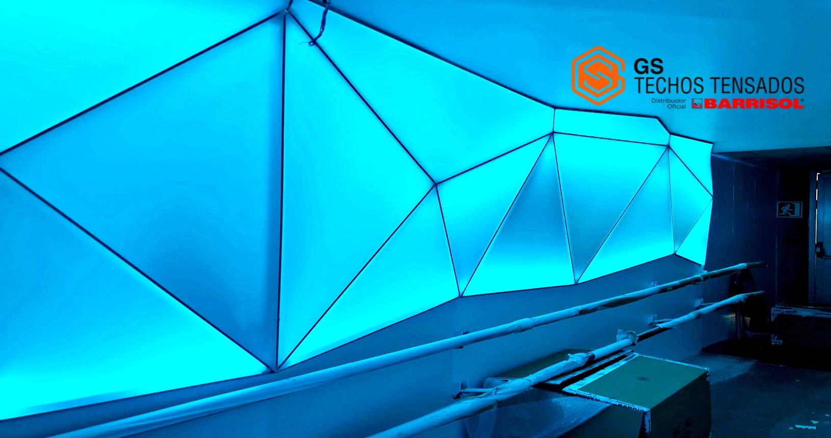 Punta de diamante: poliedros creados con Tela tensada Barrisol