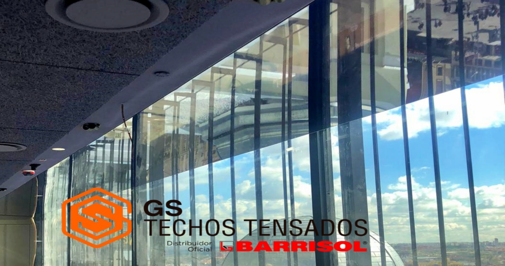 Techo Tensado para My Way Sky Madrid, imagen del techo y ventanal del restaurante